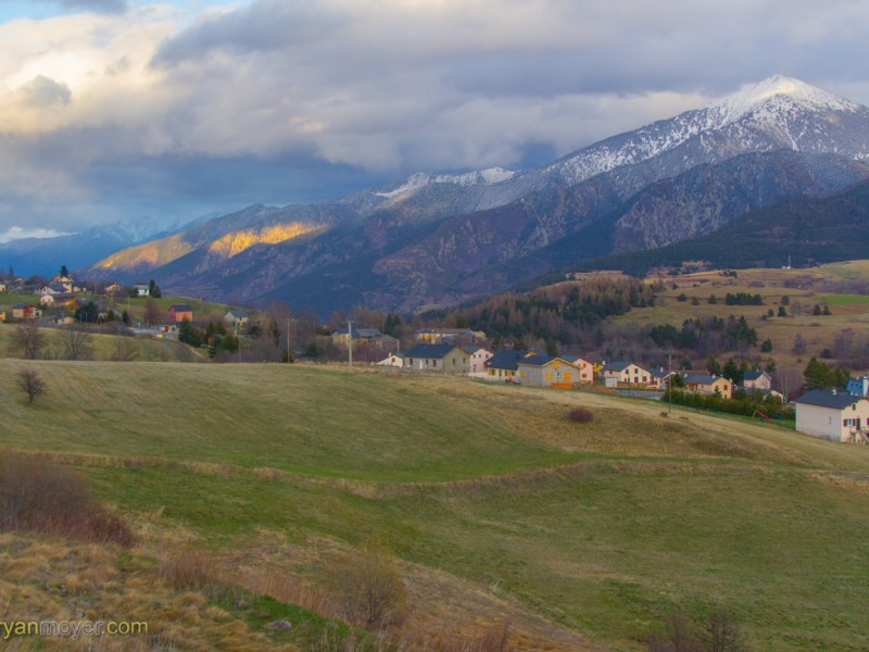 Pyrenee Drive